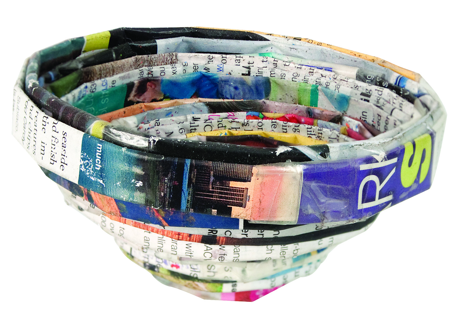 Recycled Magazine Bowls 4